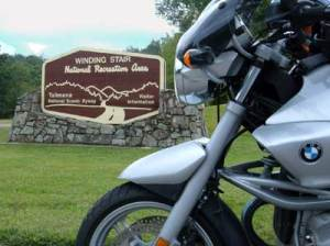 My BMW R1150R at the tourist info center on the west end of the Drive.